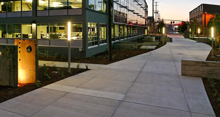 Clay Street Pedestrian Plaza